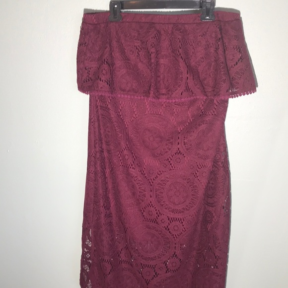 Maurices Dresses & Skirts - Maurices maroon strapless ruffle dress Large NWT